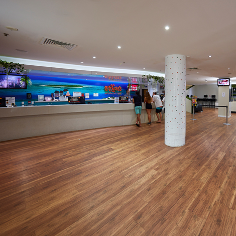 Gilligan's Cairns Hotel Reception