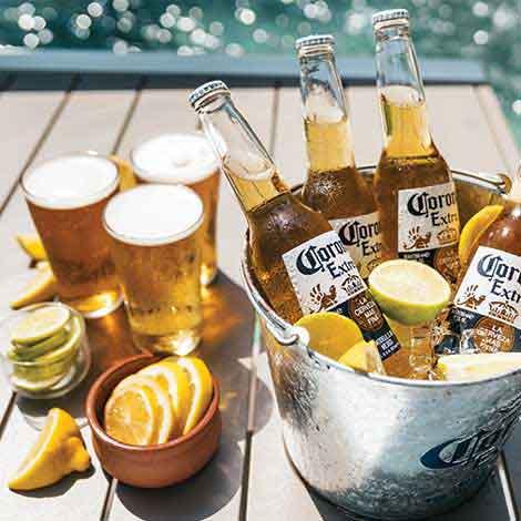 Coronas at Gilligan's Cairns